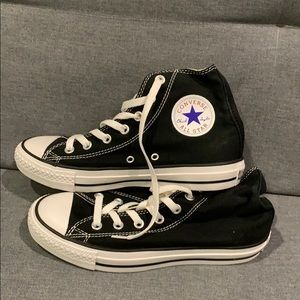 Converse: Black High Top Converse